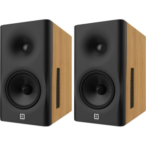Dutch & Dutch 8c Loudspeakers (Pair) Inc Stands